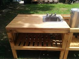 diy outdoor sink powered by a water hose clublilobal