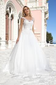 48 Besten Hochzeitskleider Bilder Auf Pinterest Brautkleider