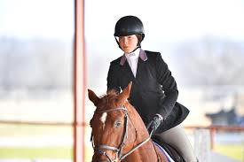 From unknown to All-American, Anchorage woman wraps up stellar equestrian  career - Anchorage Daily News