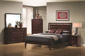 Evan Bedroom Set With Chest CR B4700