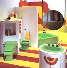colored-bathroom-fixtures-1970s