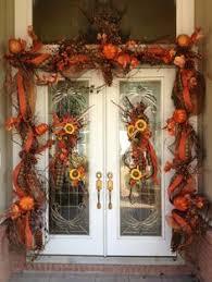 thanksgiving front door decorationsGorgeous front door fall decorating ideas  Autumn Fall decor and