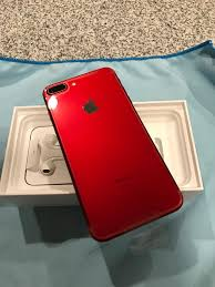 iphone 7 red. my unboxing. the color is gorgeous. i was all about blackuntil now. iphone 7 red