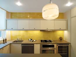 pale yellow tile design