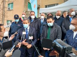 Vaccino Astrazeneca, si riparte anche in Sicilia: cambiano gli  appuntamenti, avvisi con sms - Giornale di Sicilia