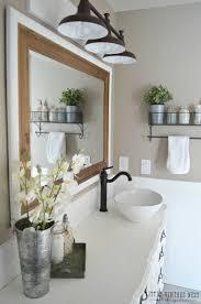 5 Brilliant Design Ideas From This Elegant Farmhouse Bathroom ...