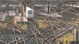Bis august müssen sie sich nicht auf einen streik einstellen.die gewerkschaft deutscher lokomotivführer (gdl. Otewt69vzqw M