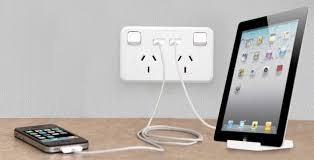 jackson double power with 2x usb 2 1a charging ports white