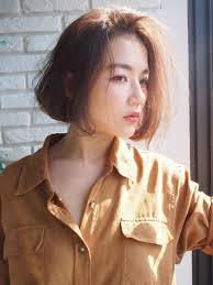 冬が来る髪形の人気はラフボブキーワードは自然体hair