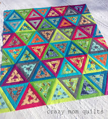 crazy mom quilts: nap like an Egyptian quilt top & Pattern: Nap Like An Egyptian from Sunday Morning Quilts Block Size: 12