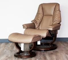 stressless live medium recliner chair and ottoman by ekornes