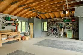 Garage Interior traditional-garage
