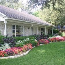 Landscaping doesn't have to be an expensive investment. There are a lot of   Garden Front Of HouseLandscaping ...