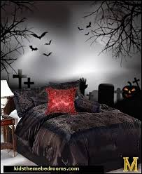 Gothic style bedroom decorating ideas - Gothic furniture - Gothic chic -  Victorian Gothic boudoir themed