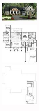 images about Favorite Bedroom House Plans on Pinterest    Bungalow Style COOL House Plan ID  chp    Total Living Area