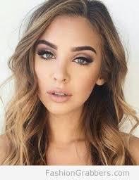 green eye makeup for blonde hair