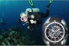 the best dive watches under 500 for recreational diving tough picture of the best 500 dollar dive watch