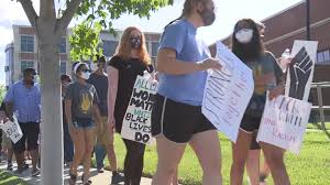 Hundreds of Blue Valley students, faculty members stage peaceful Black  Lives Matter protest | FOX 4 Kansas City WDAF-TV | News, Weather, Sports