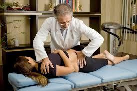 Resultado de imagem para fisioterapia para hernia de disco