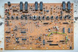 reviews > effects > boss be 5 diy fever building my own as far as components i cannot complain given that it works more than 25 years after it was made it hasn t been used much at least not in the last decade