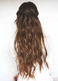 Coiffure Cheveux Longs Avec Couronne De Tresses Coiffure