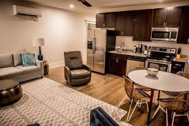 Located On King Streetu2014Downtown Charlestonu0027s Main Dragu2014these Gorgeous Two Bedroom  Suites Have All The Services And Amenities Youu0027d Expect From A High End ...