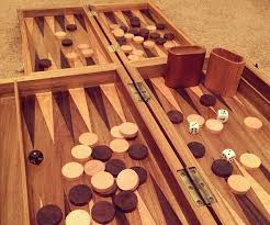 Wooden Game Plans How to Make a Wooden Backgammon Board 100 Steps with Pictures 84