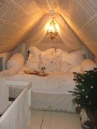 contemporary attic bedroom ideas displaying cool. make the most of your little space in attic this room is gorgeous and so comfy looking perfect place to unwind with a movie takeout contemporary bedroom ideas displaying cool