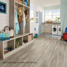 t easily install self adhesive vinyl floor tile