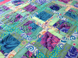 Wonderful Serger Quilt | Sew Main Street & What makes this quilt wonderful? Why simple serger construction and few  seam intersections, of course! In spite of having seven pieces, the only  seam ... Adamdwight.com