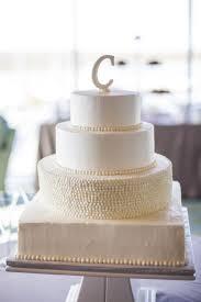12 Simple Elegant Wedding Cakes With Buttercream Photo Textured