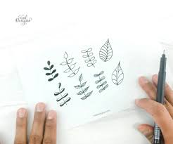 Once you have the strip with you, start rolling it from the outer end towards the inner end, arranging the. 16 Simple Floral Doodles Step By Step Tutorial Vial Designs