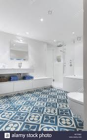 Art Deco Bathroom Stockfotos Art Deco Bathroom Bilder Seite 2