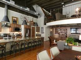 Unique Loft Apt With Rooftop Deck In The Heart Of Downtown Knoxville