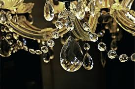 cleaning chandeliers