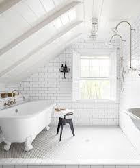 white bathroom lighting. An All-white Bathroom Establishes A Tone That\u0027s So Fresh And Tidy, Tidy. This Is Likewise Lesson In Ways To Harness All-natural Light White Lighting