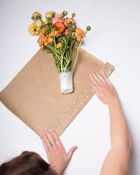 How To Wrap Flower Bouquet In Paper How To Wrap Bouquets Of Fresh Flowers A Genius Freshness