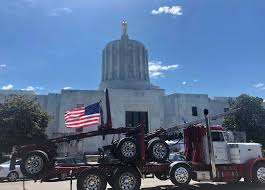 Oregon Governor Sends State Troopers After Lawmakers Who