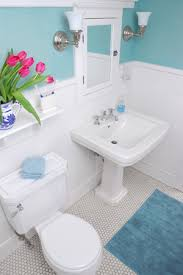 How to... Decorate a small bathroom