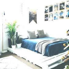 beds that sit on the floor. Fine The Bed Frames That Sit On The Floor Freelike Co For Beds Decorations 49 I