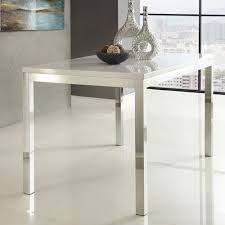 crate and barrel dining table look 4