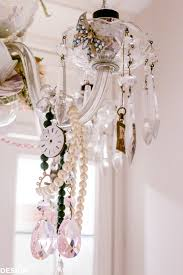 teacup chandelier how to personalize your vintage chandelier designthusiasm com