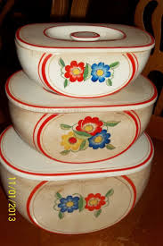 Retro Kitchen Canisters 17 Best Ideas About Vintage Canisters On Pinterest Red Canisters