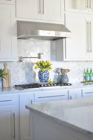 Kitchen Backsplash Best 25 Small Kitchen Backsplash Ideas On Pinterest Small