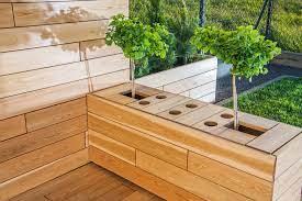 decking ideas for small gardens city