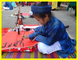 Image result for Ngày Xuân Em Đọc Sử Việt