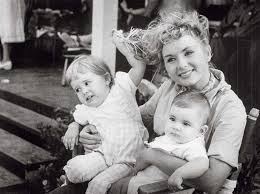 debbie reynolds. Contemporary Reynolds Debbie Reynolds The Beloved Movie Queen Who Held Her Head High Under Very  Public Marital Inside Reynolds I