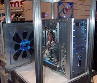 Enermax & <b>Lian Li</b> - Comdex 2002 - New Meaning To The 'Cold Show'