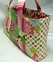 Easy Multi-Pocket Tote Bag - Free Sewing Tutorial | Tote bag ... & Beginner's Sassy Patchwork Tote Bag - PDF. Quilted Bags PatternsBag ... Adamdwight.com
