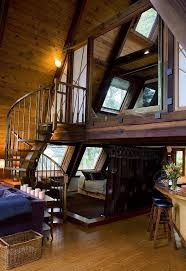 VRBO.com #148455 - Westgate-Japanese a-Frame - Ocean Views, Hot Tub, Large  Deck, Privacy | Dom | Pinterest | Spiral staircases, Staircases and Master  ...